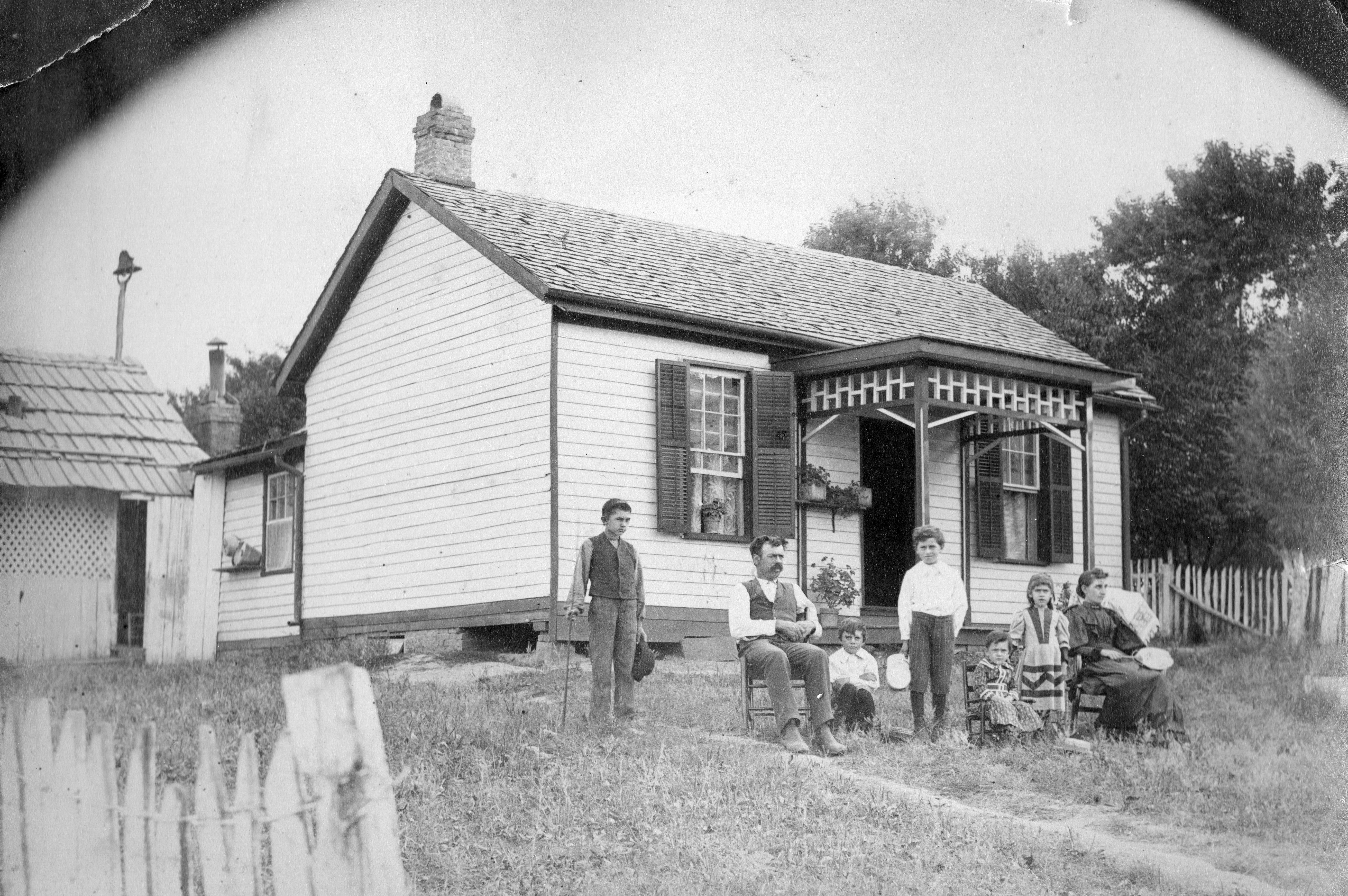 Indiana gibson county francisco - John Henry And Mary Elizabeth Greek S Home In Francisco Gibson County Indiana Circa 1893